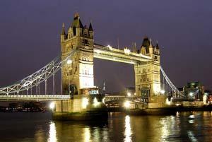 Лондонский мост ночью